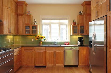 birch shaker kitchen cabinets transitional birch kitchen 4638