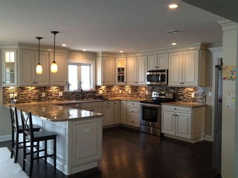 designs for kitchen cupboards best 25 small kitchen peninsulas ideas on 6672