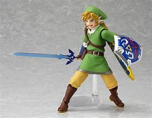 Legend of Zelda: Skyward Sword Link Figma is Earthward