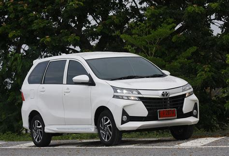 Review Toyota Avanza by Toyota Avanza 1 5g Facelift 2019 Review Bangkok Post Auto