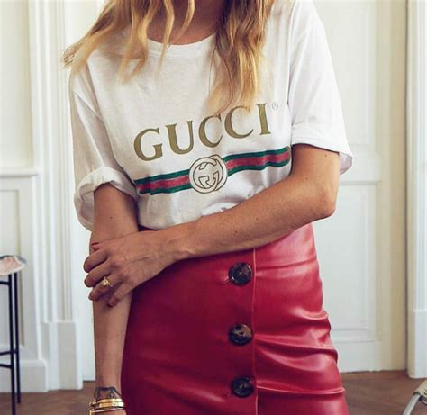 Gucci Tee - The Most Popular T-shirt on Instagram | IVANIAS MODE