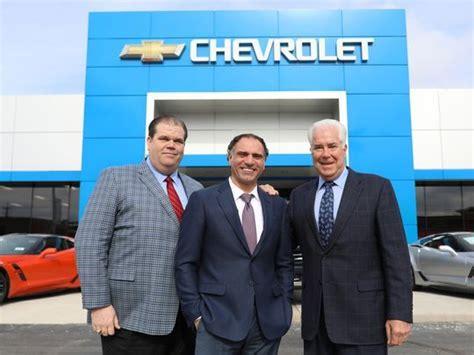 Much Do Car Salesmen Make An Hour by Joe Girard Best Car Salesman Until Now Car Sales