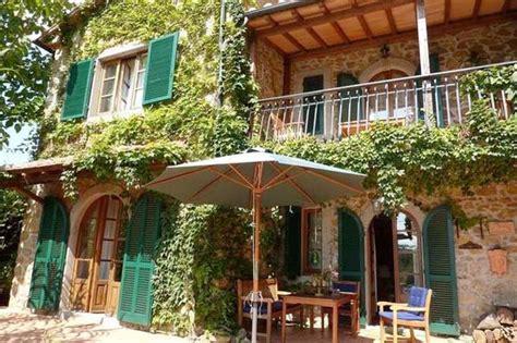 ferienhaus italien kaufen ferienhaus toskana mit hund 6 personen santa fiora ferienhaus toskana