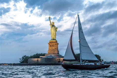 Hinckley Park Boat Rentals by New York Boat And Yacht Rentals
