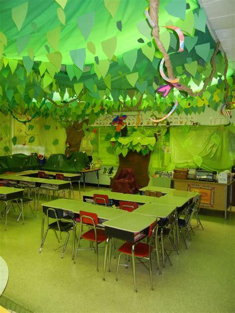 decoración de la clase temas mar jungla y super héroes maestratrend