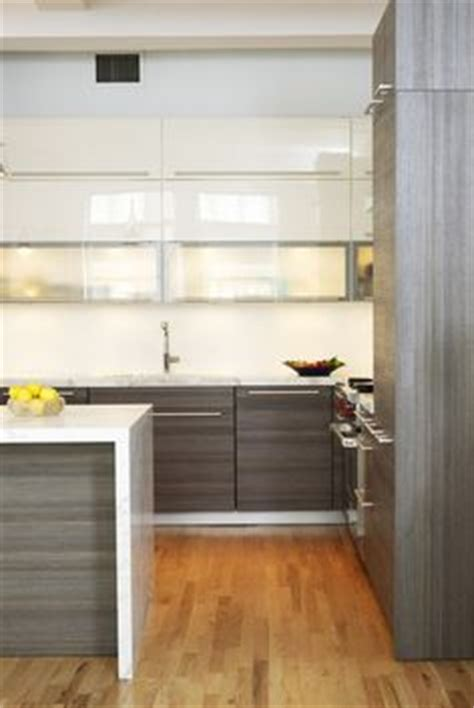 antique kitchen cabinets white quartz countertops with waterfall edge emperador 6259