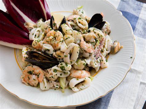 how to make shrimp salad how to make italian seafood salad insalata di frutti di mare serious eats