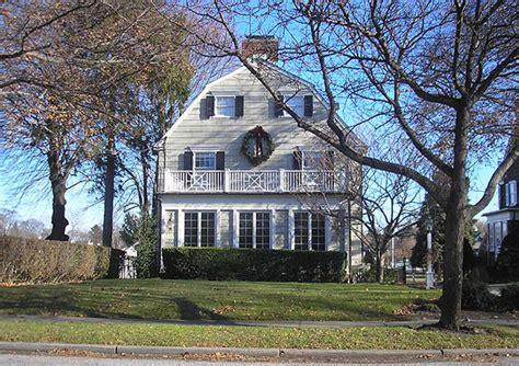 vid 233 o la vraie histoire d amityville la maison du diable d 233 veloppement personnel et paranormal