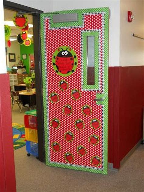 Classroom Door Themes by Classroom Door Decoration Ideas For Back To School Room