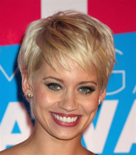 short haircuts  women     faces