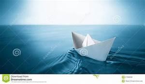 Origami Bateau à Voile : bateau de papier image libre de droits image 27068036 ~ Dode.kayakingforconservation.com Idées de Décoration