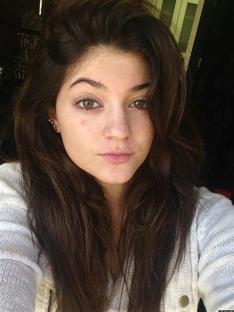 Kylie Jenner S No Makeup Look Is Fresh Photo Huffpost