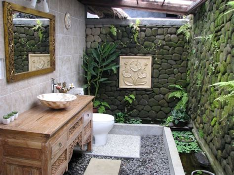 Outdoors Bathroom : 10 Astonishing Tropical Bathroom Ideas That You Must See Today