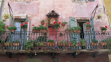 worlds  beautiful balconies