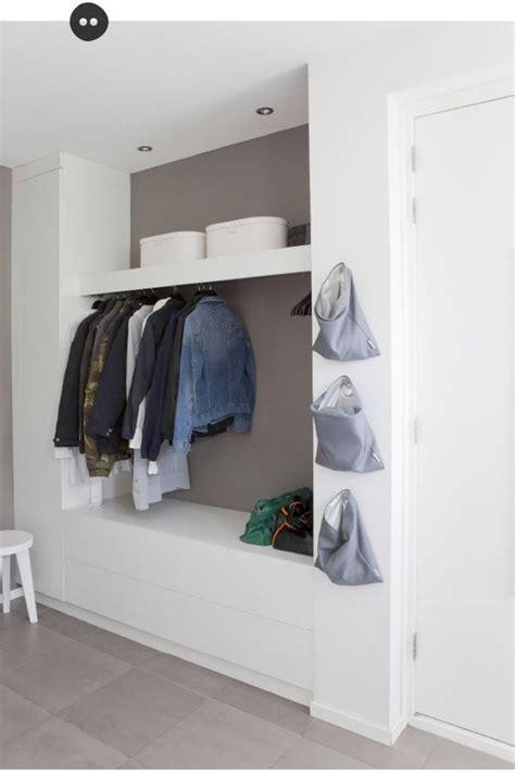 garderobe ecke