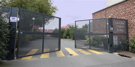 portails automatiques motorises pour parkings