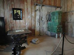 Martin Luther's room - Picture of Wartburg Castle ...
