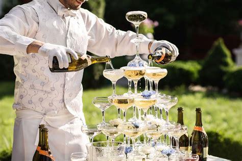 Rūdīta viesmīļa padomi dzērienu iegādei kāzām vai citiem ...