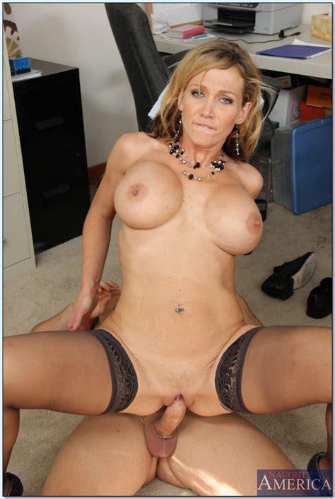 Horny Business Woman Wants Hard Dick Milf Fox