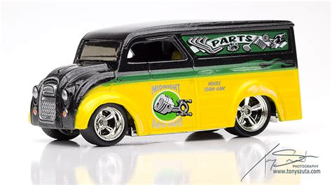 wheels larry s garage dairy delivery diecast photography