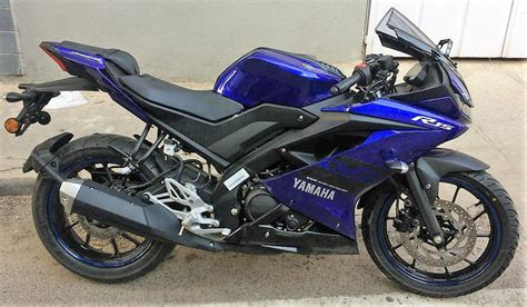 Yamaha R15 V3 by Yamaha R15 V3 Price Specs Review Pics Mileage In India
