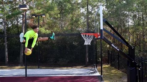 slam dunk basketball session featuring acrodunk mega