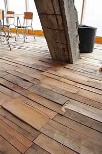 Plan De Travail En Palette : recycled pallet floor architecture pinterest plancher maison et plan de travail ~ Melissatoandfro.com Idées de Décoration