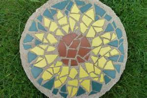 Easy Mosaic Patterns Stepping Stone