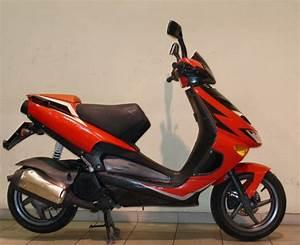 Aprilia Sr 125 : looking to buy an aprilia sr 125 moped for sale in finglas dublin from bj2007 ~ Medecine-chirurgie-esthetiques.com Avis de Voitures