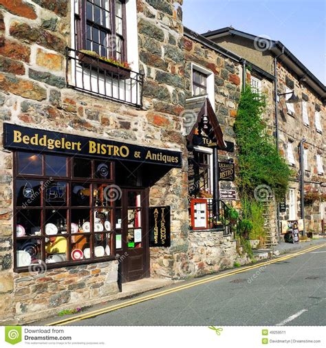 Beddgelert editorial photo. Image of tourists, welsh ...