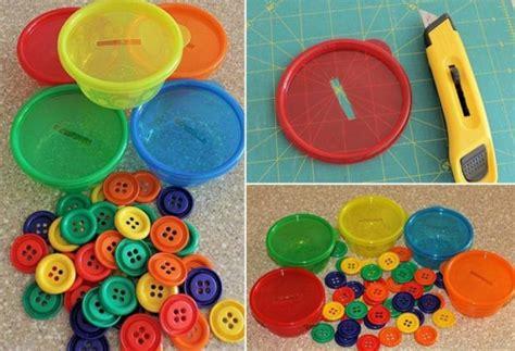 angebote für krippenkinder farben feinmotorik f 246 rdern kinder farben sortieren kn 246 pfe