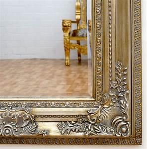 Miroir Baroque Argenté : miroir baroque cadre en bois argent 156x95 cm miroirs baroque classic stores ~ Teatrodelosmanantiales.com Idées de Décoration