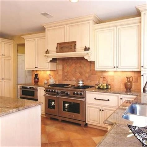 kitchen range designs 17 best images about vent ideas on giallo 5547