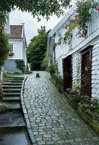 Smal Kullerstengata I Stavanger Norge Fotografering F U00f6r Bildbyr U00e5er