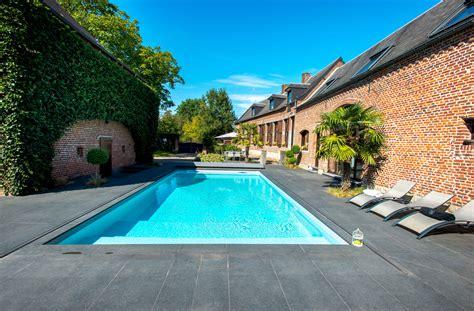 pour piscine piscine rectangulaire aquilus