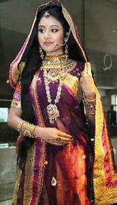 Paridhi Sharma | Gujarati Saree Draping | Pinterest