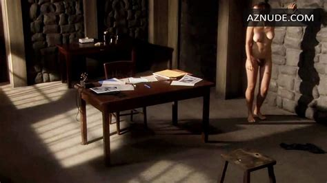 Browse Celebrity Room Images Page Aznude