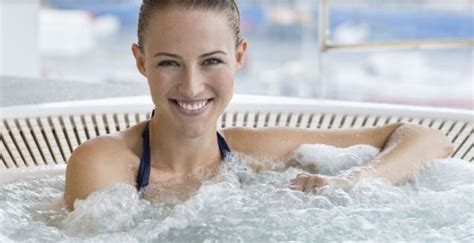 How Safe Are Hot Tubs In Pregnancy?