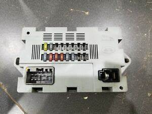 Land Rover Discovery Fuse Box : 2016 land rover discovery sport rear left quarter panel ~ A.2002-acura-tl-radio.info Haus und Dekorationen