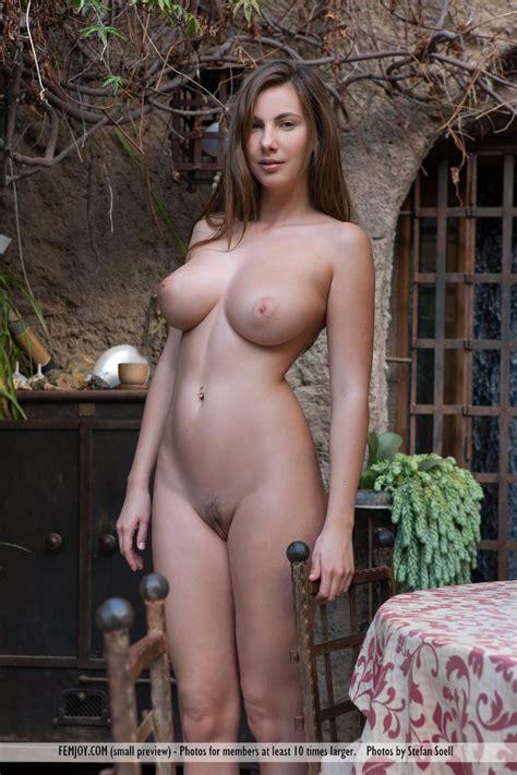 Hot Big Boobs Girl Stripping Busty Girls Db