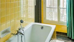 Peindre Faience Cuisine : peindre carrelage cuisine salle de bains les tapes suivre c t maison ~ Melissatoandfro.com Idées de Décoration