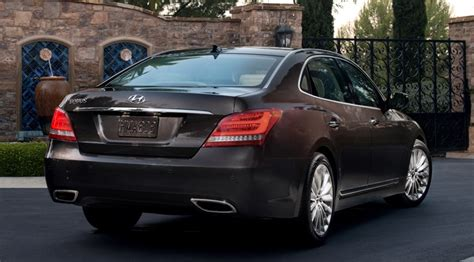 Hyundai Equus Reviews by Hyundai Equus 2014 Review Car Magazine