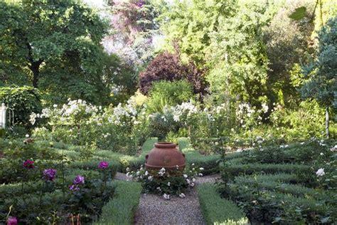 Designer Plans For A Formal Rose Garden  Sa Garden And Home