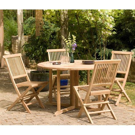 table et chaise de jardin en bois salon de jardin en teck sumbara 18 1 table ronde et 4