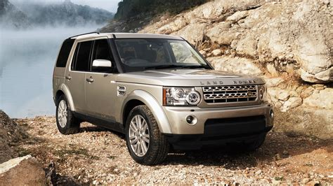 land ro the story of the land rover discovery in pictures