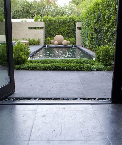 Garden Minimalist by Minimalist Garden Design Ideas For Trendy Homes Founterior