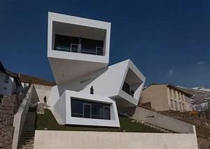 Eccentric Box Houses   Box House