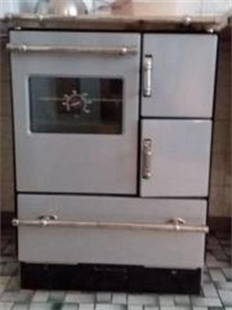 küchenherd mit holzfeuerung back und grillofen der marke rommelsbacher typ bg 1600