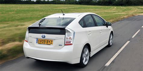 classement 2013 ademe des voitures les moins polluantes la renault clio energy et la toyota