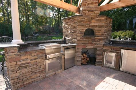 outdoor kitchen pizza oven design 451 best images about backyard ideas on 7243